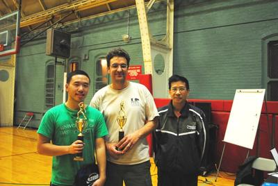 L to R: Richard Mui (U1000 Finalist), Rodman Backus (U1000 Champion), Coach Liang (Vincent) Liung